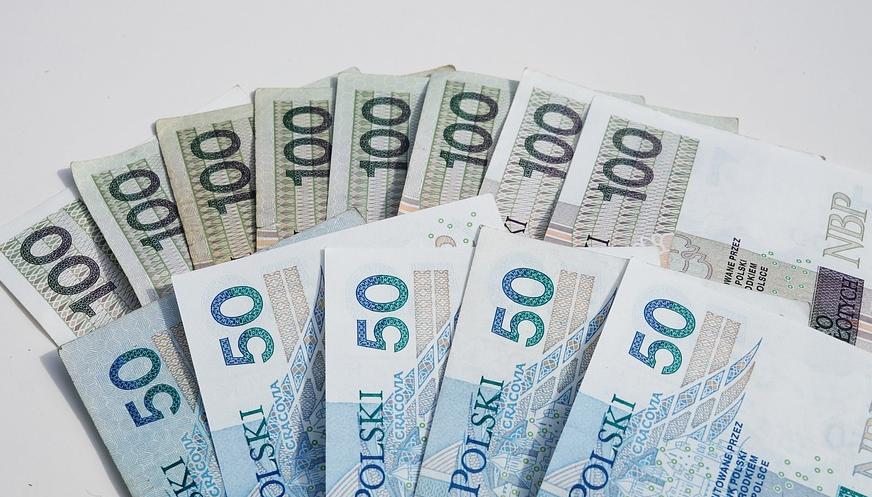 Sprawdź ile pieniędzy zarobisz w ciągu całego życia na blogu www.prostoopieniadzach.pl
